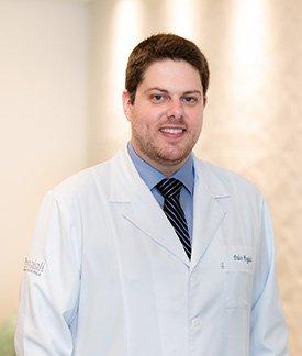 Dr. Pedro Poggiali - Ortopedia Pediátrica